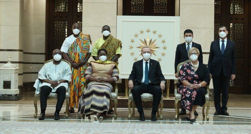 Cumhurbaşkanı Erdoğan, Gana'nın Ankara Büyükelçisi Ashietey-Odunton'u kabul etti