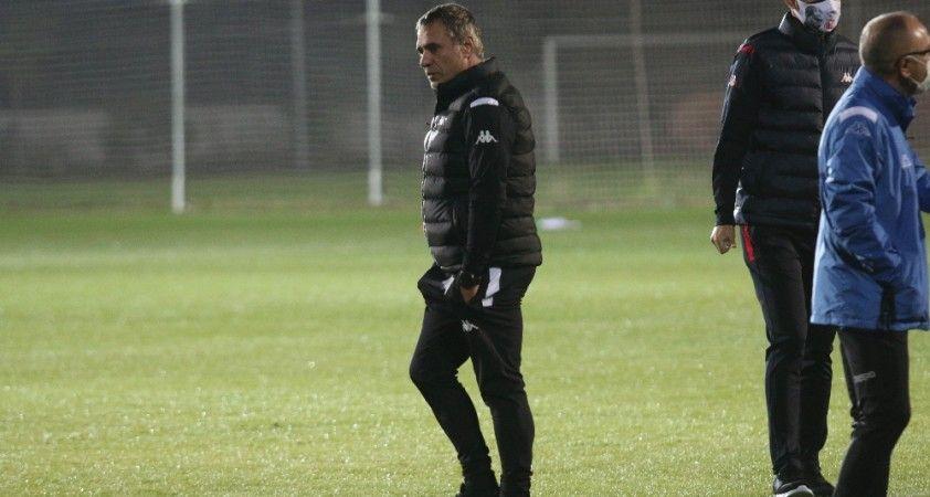 Antalyaspor'da Yanal'ın hedefi ilk maçında galibiyet