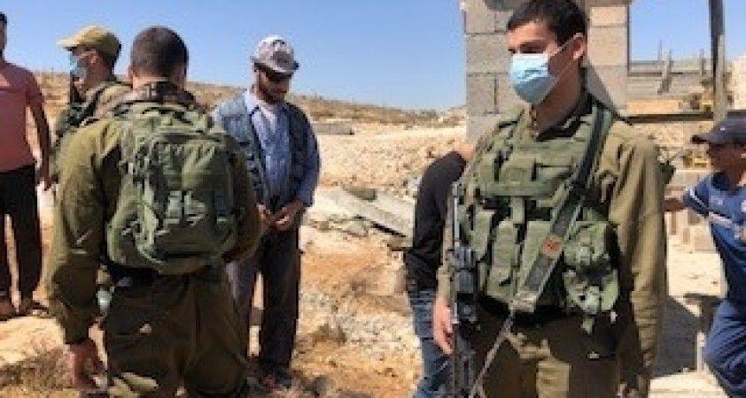 İsrail ordusu Batı Şeria'da 50 Filistinliyi gözaltına aldı