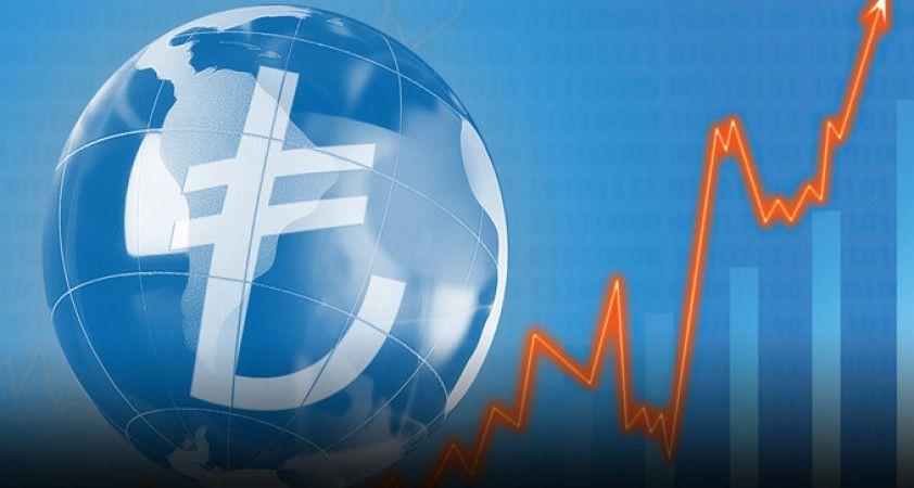 Türkiye için büyüme tahmini düştü, enflasyon yükseldi