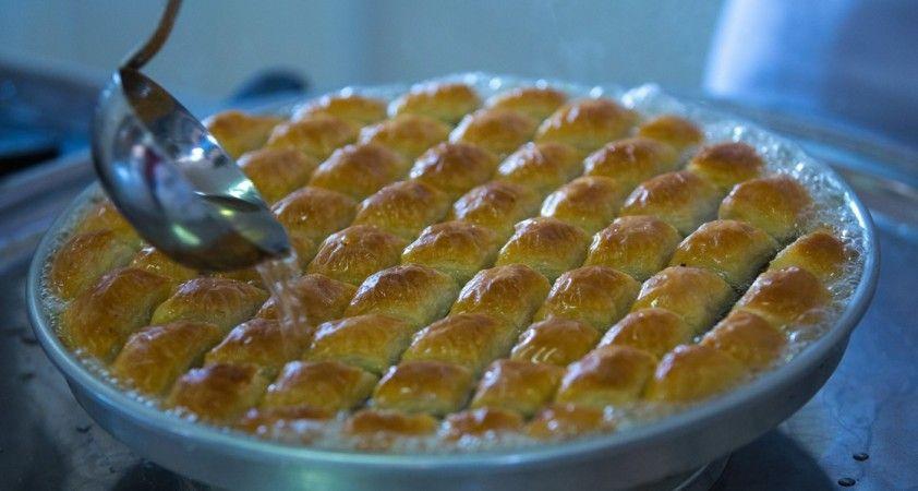 Diyabet hastalarına 'bayramda şerbetli tatlılardan uzak durun' uyarısı