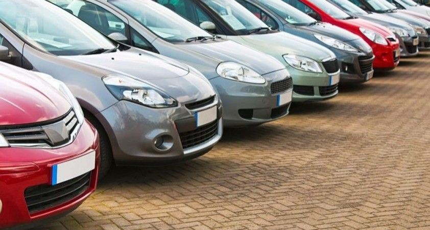 İngiltere'de 2030'da benzinli ve dizel araçlar yasaklanacak
