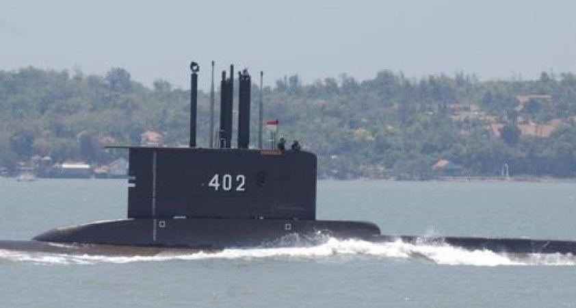 Endonezya'da kaybolan denizaltındaki 53 kişi hayatını kaybetti