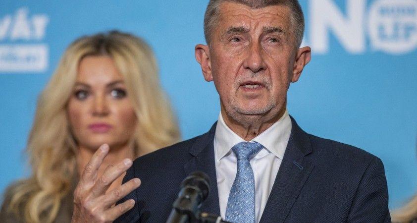Çekya'da resmi olmayan sonuçlara göre muhalefet mecliste çoğunluğu sağladı