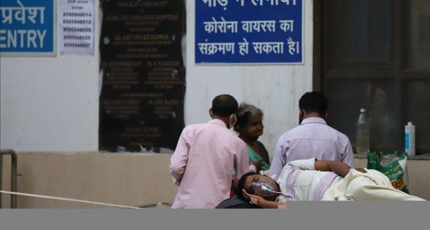 Hindistan'da yargı, Kovid-19 eleştirileri nedeniyle internet ve sosyal medyanın kısıtlanamayacağına hükmetti