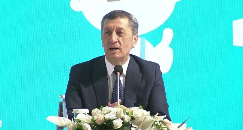Bakan Selçuk, sahadaki son durumu 81 il müdürüyle değerlendirdi