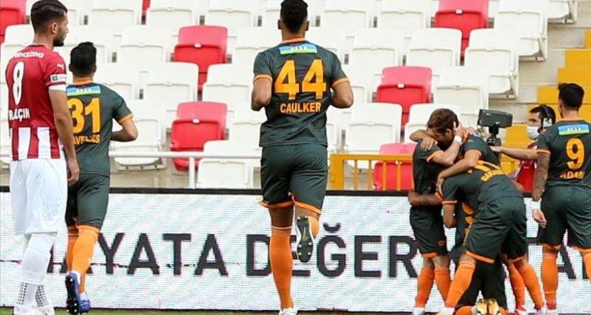 Akdeniz ekibi sezona üç puanla başladı