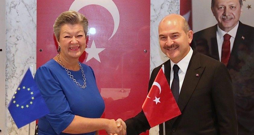 İçişleri Bakanı Soylu AB İçişleri Komiseri Johansson'ı kabul etti