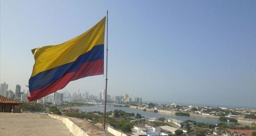 Kolombiya'da petrol sahasına yönelik saldırı sızıntıya neden oldu