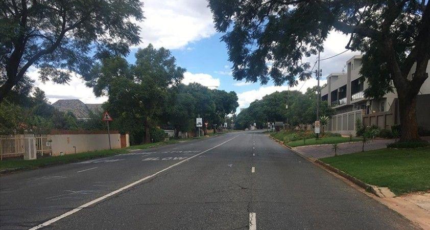 Güney Afrika Cumhuriyeti, Kovid-19 tedbirleri kapsamında kara sınırlarını kapatıyor