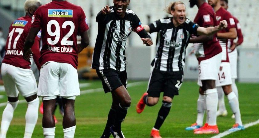 Süper Lig: Beşiktaş: 5 - A. Hatayspor: 0 (İlk yarı)