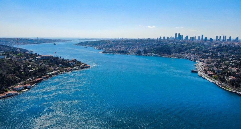 İstanbul'da erguvan zamanı