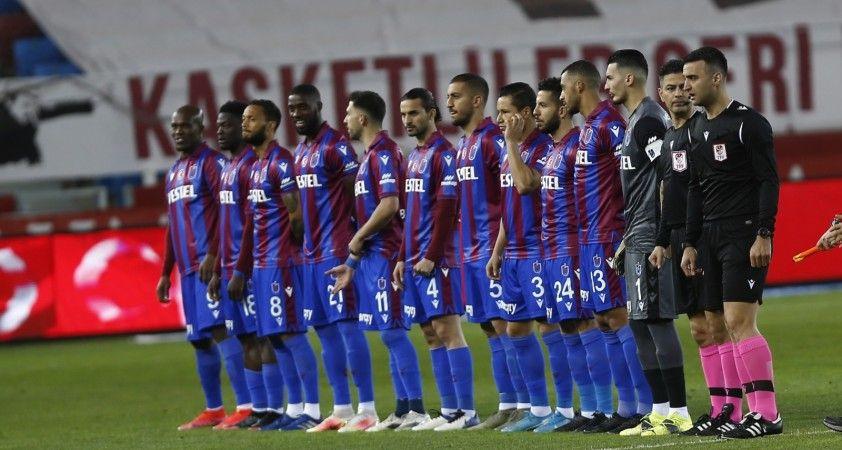 Süper Lig: Trabzonspor: 1 - Hes Kablo Kayserispor: 1 (İlk yarı)