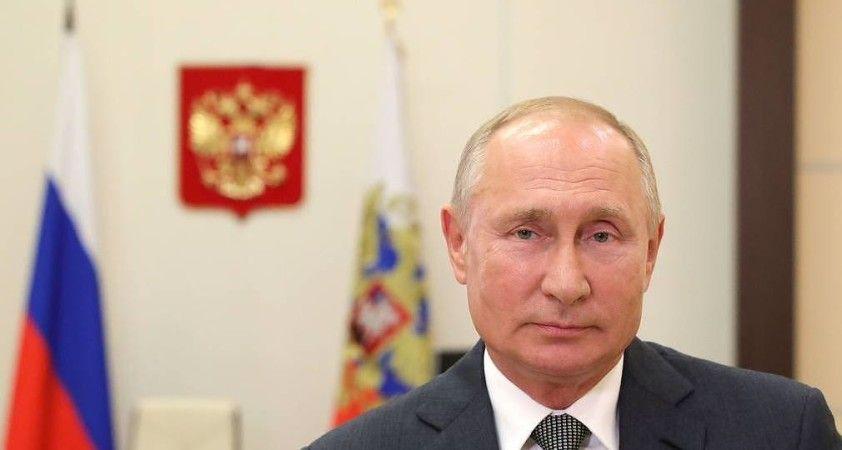 Putin: İkinci Rus Kovid-19 aşısı EpiVakKorona tescil edildi