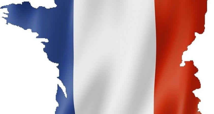 Fransa'da terör saldırısı hazırlığı şüphesi ile 5 kadın gözaltına alındı