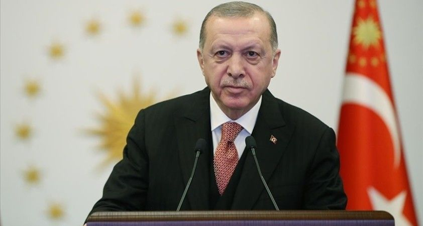 Cumhurbaşkanı Erdoğan: İşçi kardeşlerimin 1 Mayıs Emek ve Dayanışma Günü'nü tebrik ediyorum