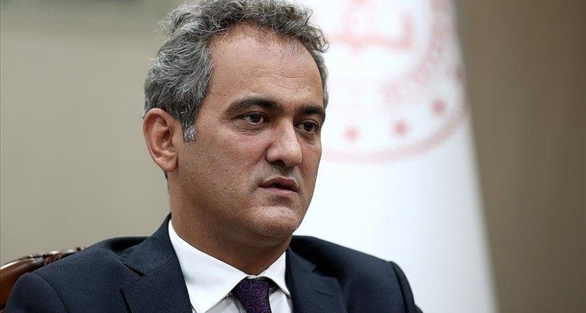 Milli Eğitim Bakanı Özer: Okullarımızı kapatmayacağız