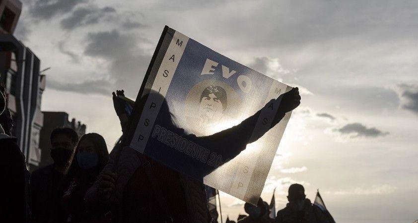Bolivya bir yıl sonra devlet başkanını seçmek için sandığa gidiyor
