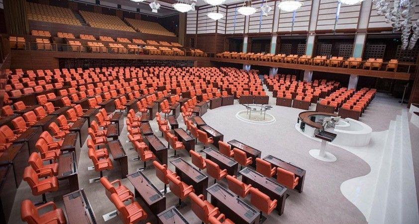 Meclis 2,5 aylık aradan sonra yasama çalışmalarına yeniden başlıyor