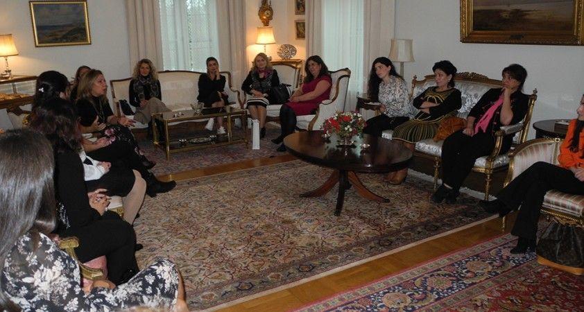 Stockholm'de Türk ve Azerbaycanlı kadınlardan