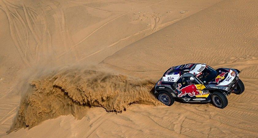 Dakar Rallisi'nde beşinci günde kazanan Giniel De Villiers