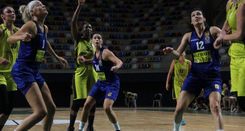 1. Leyla Atakan Cup: İzmit Belediyespor: 52 - Fenerbahçe Öznur Kablo: 49