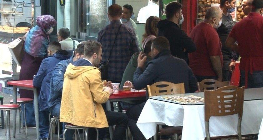 Kafe ve restoran sahipleri normalleşmeden memnun