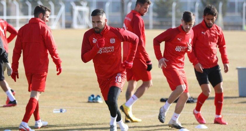 Sivasspor'da Gaziantep FK mesaisi sürüyor