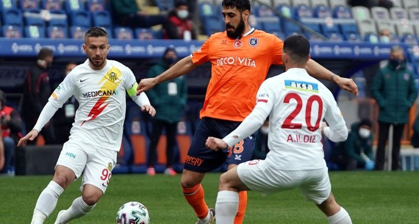 Başakşehir, evinde 7 maç sonra kazandı