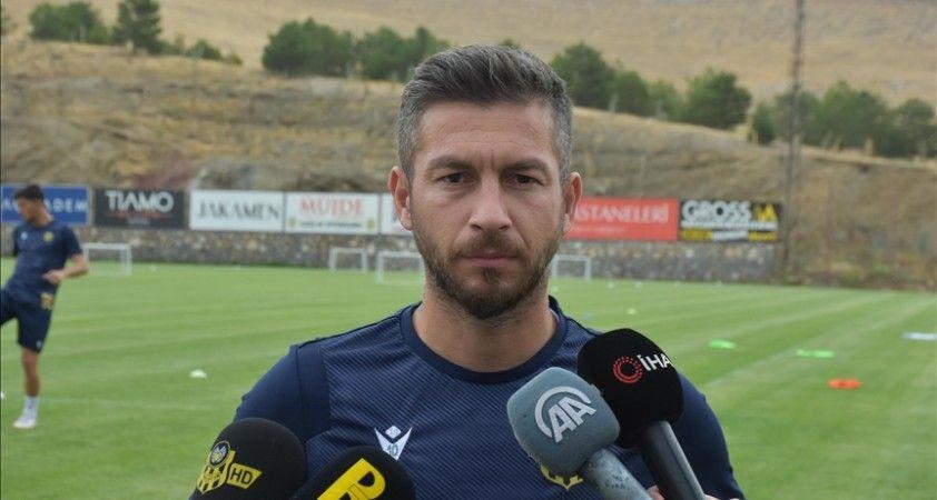 Yeni Malatyaspor, Adem Büyük'ün sözleşmesini uzattı