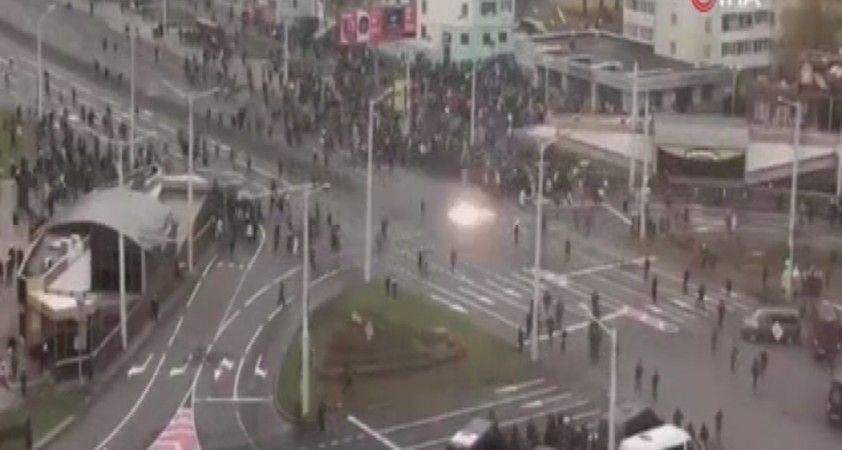 Belarus'ta göstericinin ölmesinin ardından halk sokaklara döküldü