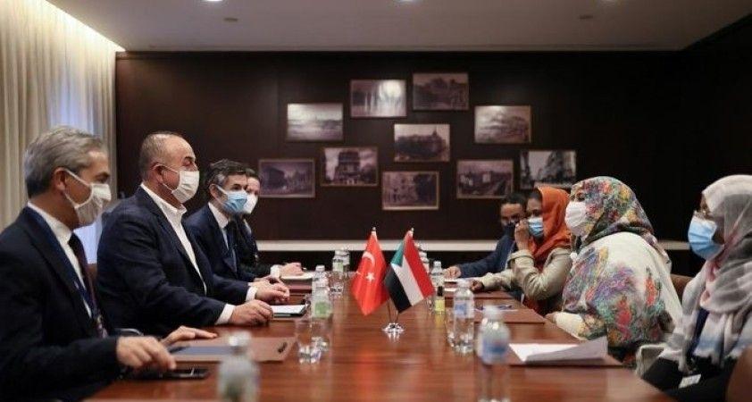 Dışişleri Bakanı Çavuşoğlu, Sudan Dışişleri Bakanı Almahdi ile bir araya geldi