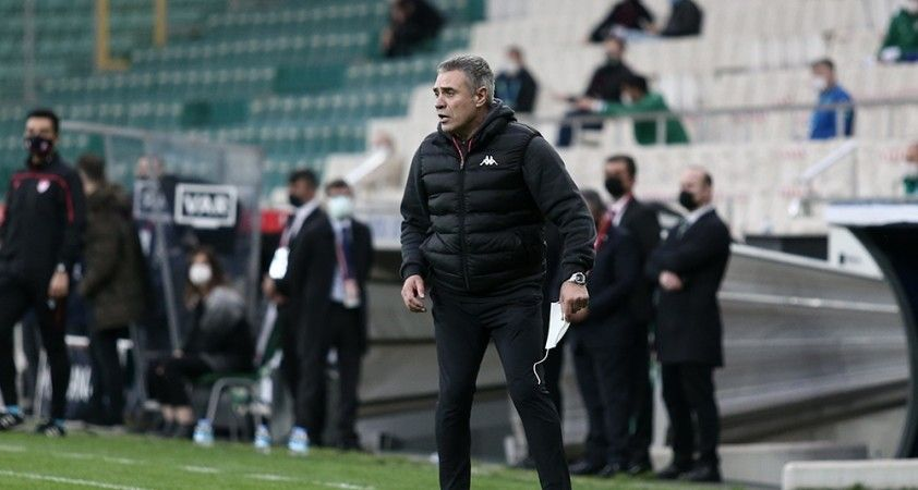 Bursaspor: 0 - Antalyaspor: 3