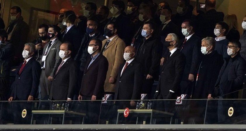 Bakan Kasapoğlu, Millileri Rusya karşısında yalnız bırakmadı