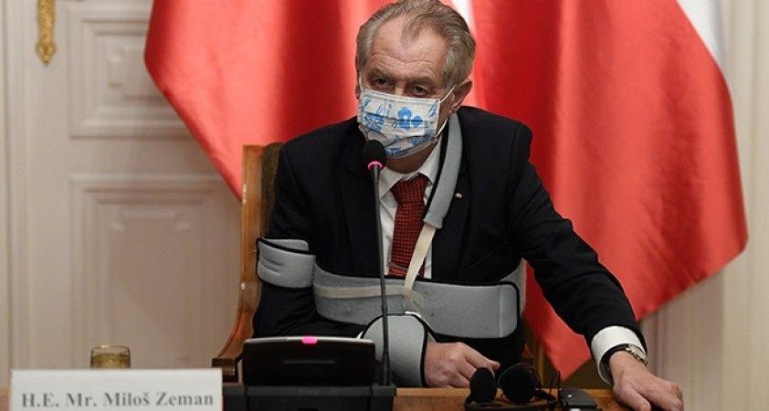 Çekya Devlet Başkanı Zeman: