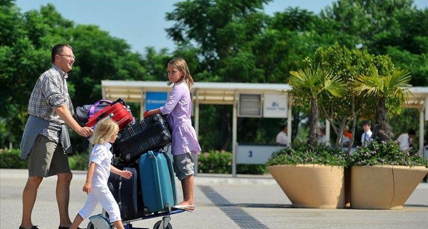Turizmde çeşitlilikle seyahat gelirlerinin 3 yılda 33 milyar dolar seviyesine yükseltilmesi hedefleniyor