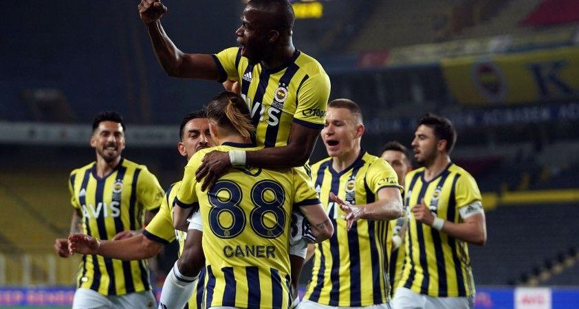 Süper Lig: Fenerbahçe: 1 - Kasımpaşa: 1 (Maç devam ediyor)