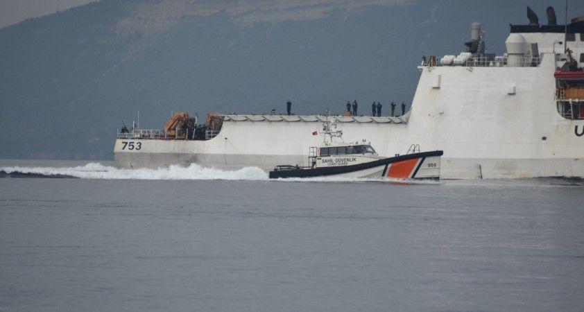 ABD Sahil Güvenlik gemisi Çanakkale Boğazı'ndan geçti