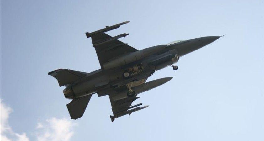 Tayvan'da F-16 savaş uçağı eğitim uçuşu sırasında kayboldu