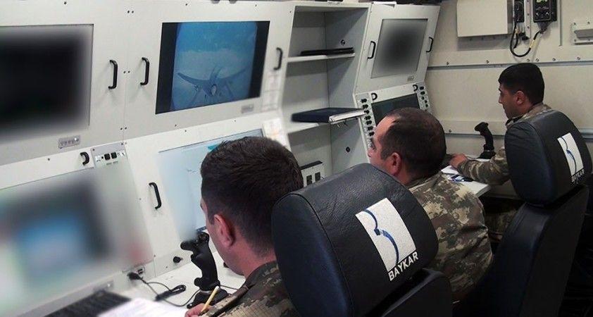 Azerbaycan ordusundan Bayraktar TB2'li tatbikat