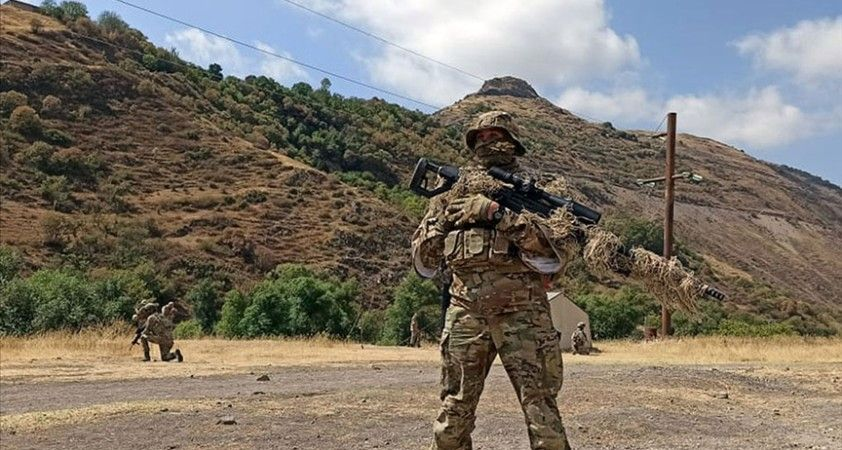 Türkiye ve Azerbaycan özel birliklerinin işgalden kurtarılan Laçın'daki ortak askeri tatbikatı sürüyor