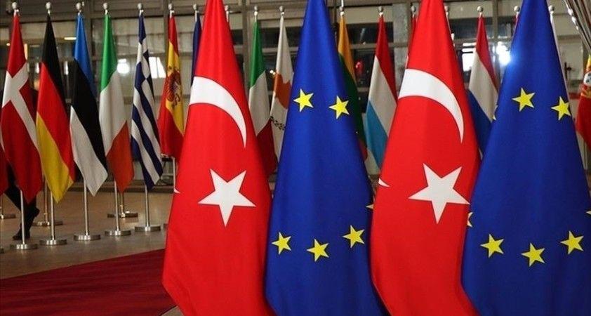 Türkiye ile AB göçmen kaçakçılığıyla mücadelede iş birliğini artıracak