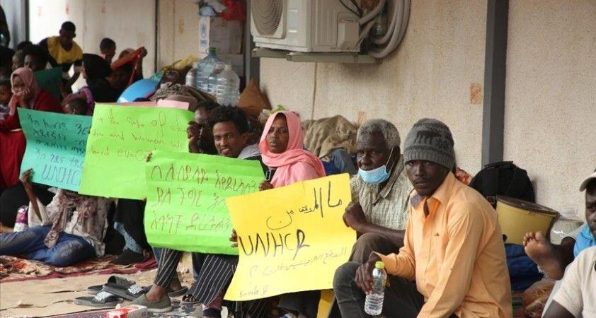 Libya'da zor durumdaki göçmenler ülkeden güvenli bir çıkış yolu arıyor