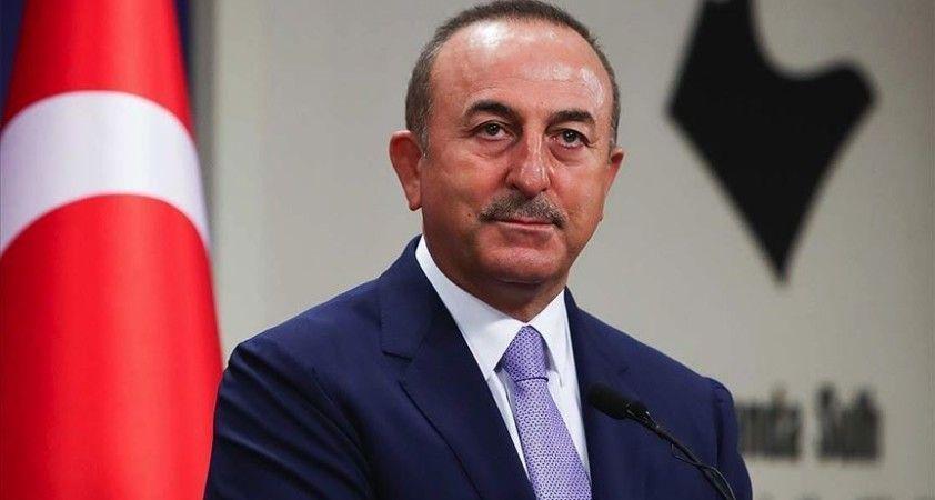 Dışişleri Bakanı Çavuşoğlu: Fransa, AB'nin ve Orta Doğu'nun liderliğine oynuyor