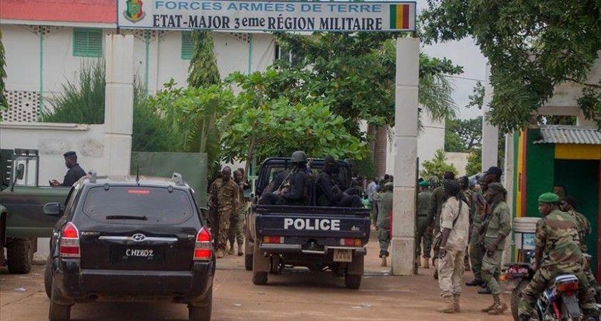 Mali'ye yaptırımlar, sivil bir başbakan belirlenmesiyle kaldırılacak