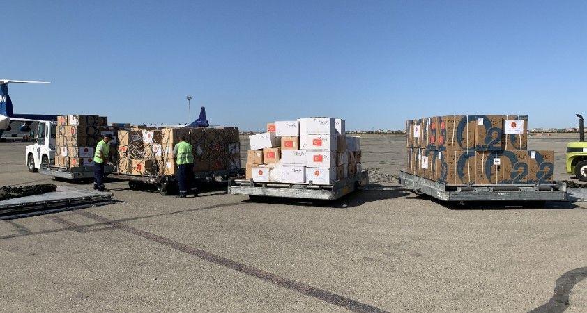 Türkiye'nin korona virüs yardımı Azerbaycan'a ulaştı