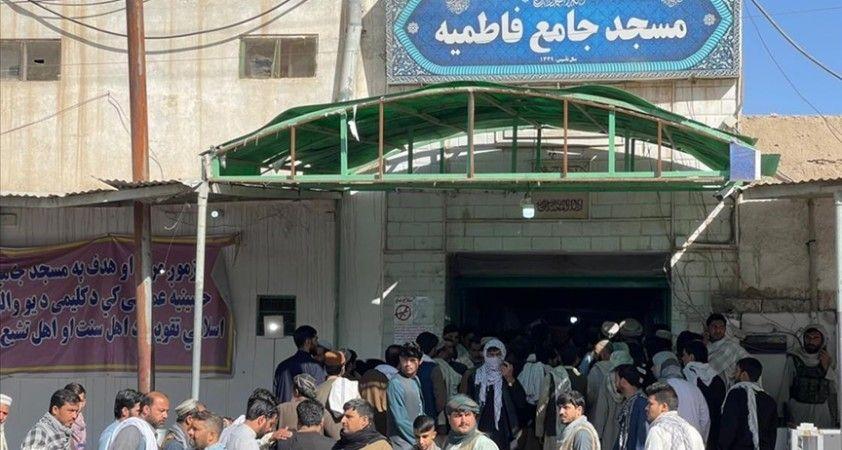 AA, DEAŞ'ın Kandahar'da Şii camisine düzenlediği saldırının görüntülerine ulaştı