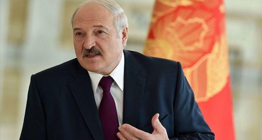 Lukaşenko'dan 'Protestolar Polonya, İngiltere ve Çekya'dan yönetiliyor' açıklaması