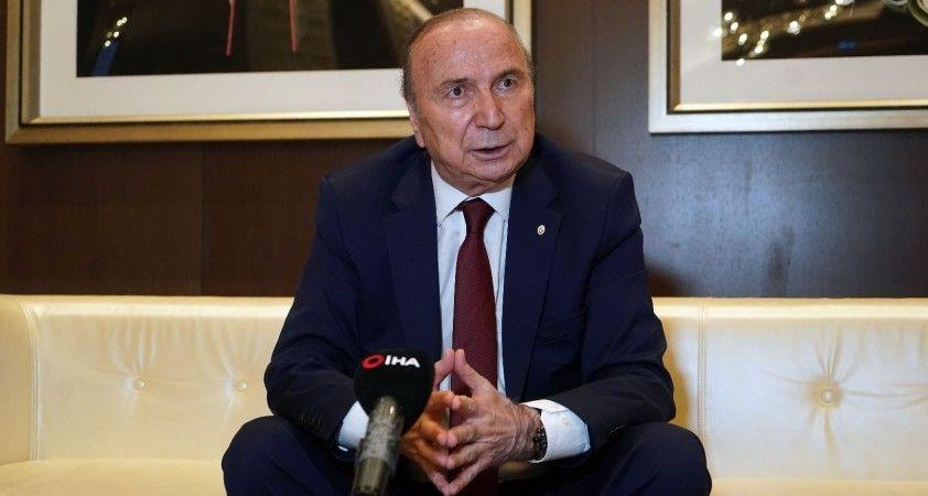 """""""Kimsenin adamı değil sadece Galatasaray'ı kucaklayan şaibesiz insanlar olarak geliyoruz"""""""