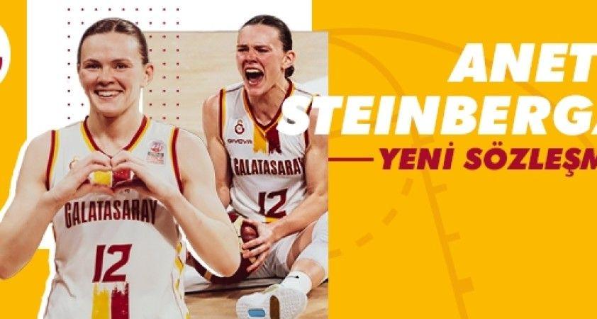 Galatasaray, Steinberga'nın sözleşmesini 1 yıl uzattı